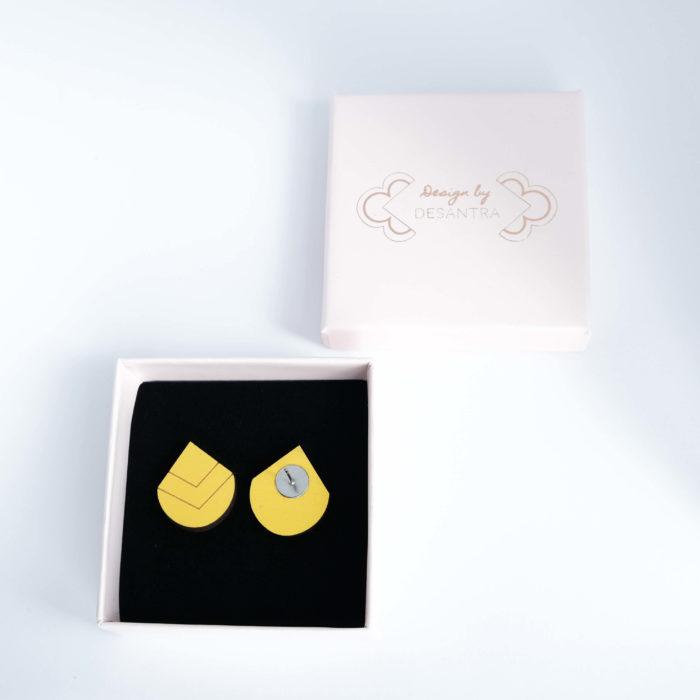 Palana nappikorvakorut pisaran muotoiset, keltaisen väriset